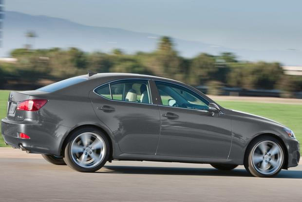 2013 Lexus IS: New Car Review featured image large thumb7