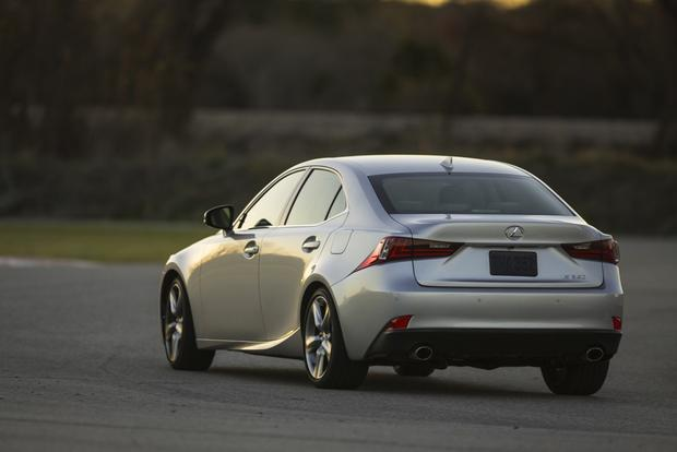 2013 vs. 2014 Lexus IS featured image large thumb4