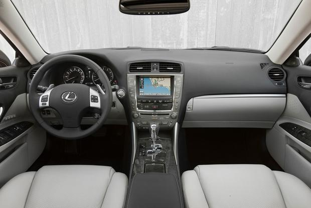 2013 vs. 2014 Lexus IS featured image large thumb7