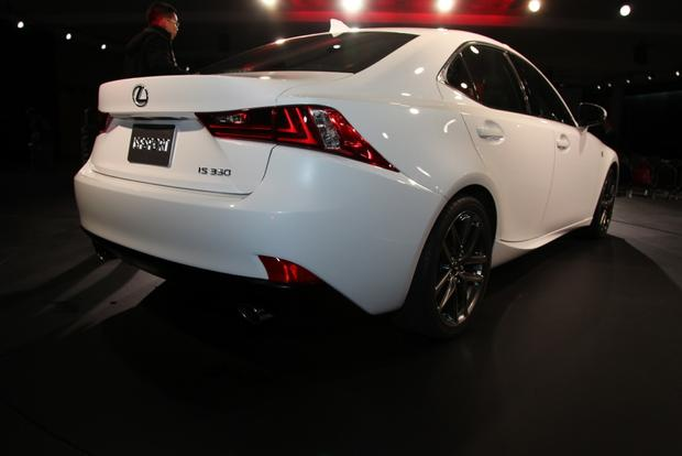 2014 Lexus IS: Detroit Auto Show featured image large thumb5