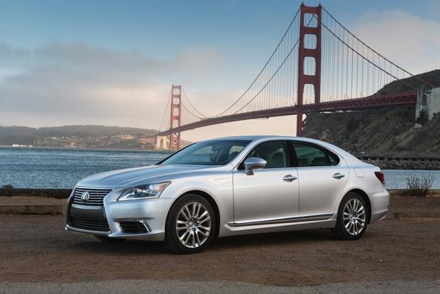 2013 Lexus LS: New Car Review featured image large thumb2