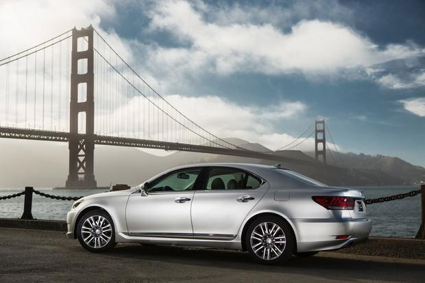 2013 Lexus LS: New Car Review featured image large thumb4