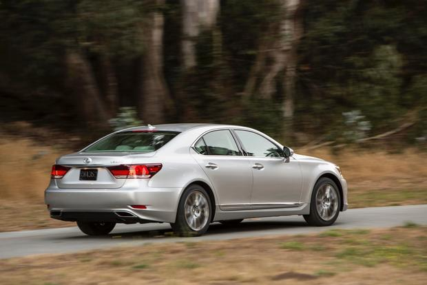 2013 Lexus LS: New Car Review featured image large thumb5