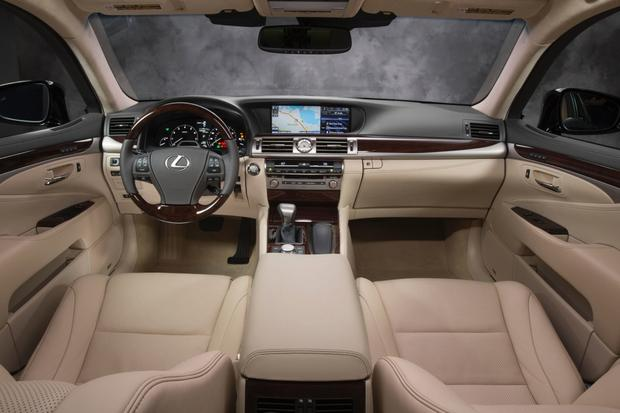 2013 Lexus LS: New Car Review featured image large thumb8