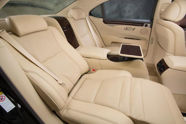 2013 Lexus LS: New Car Review featured image large thumb11