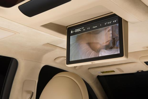 2013 Lexus LS: OEM Image Gallery featured image large thumb13