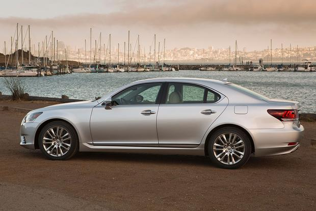 2015 Lexus LS: New Car Review featured image large thumb1