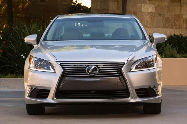 2015 Lexus LS: New Car Review featured image large thumb2