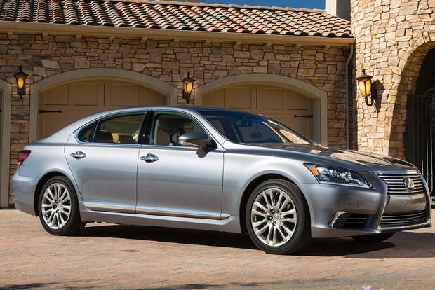 2015 Lexus LS: New Car Review featured image large thumb4