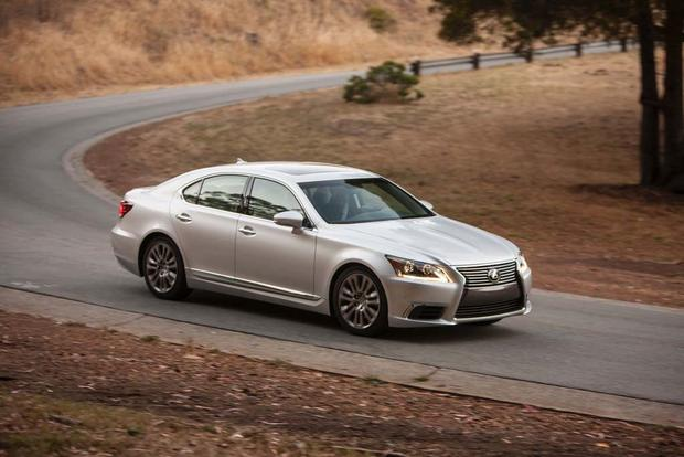 2017 Lexus LS: New Car Review featured image large thumb1
