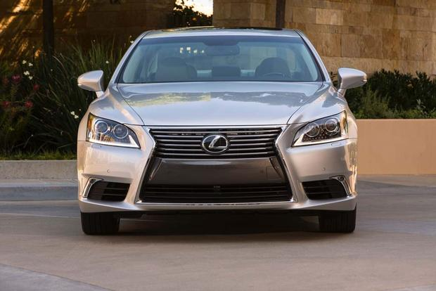2017 Lexus LS: New Car Review