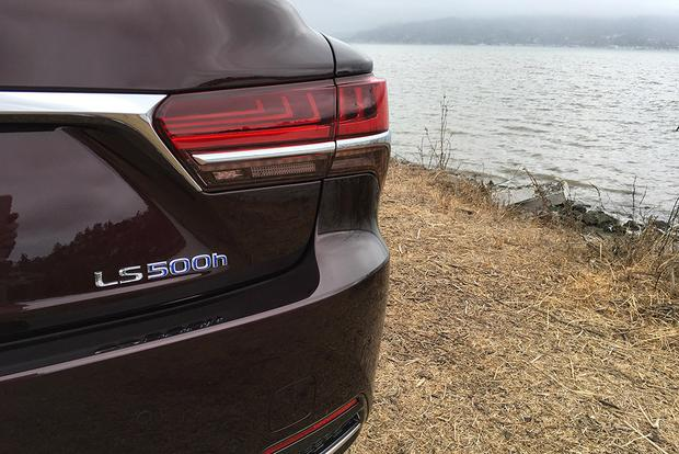 2018 Lexus LS 500: First Drive Review featured image large thumb2