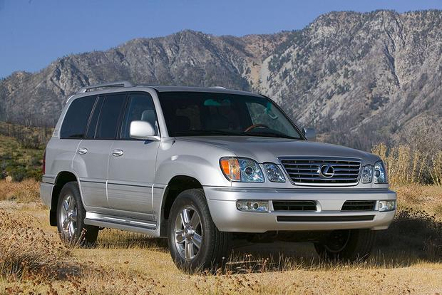 2006 Lexus LX 470 Vs. 2016 Lexus LX 570: Is Newer Always Better?
