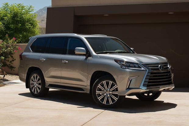 2006 Lexus LX 470 vs. 2016 Lexus LX 570: Is Newer Always Better? featured image large thumb6
