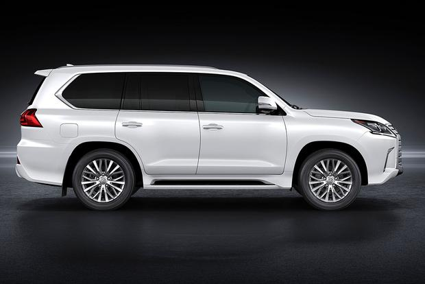 2017 Lexus LX: New Car Review featured image large thumb5