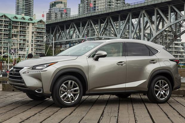 2015 Lexus RX vs. 2015 Lexus NX: What's the Difference? featured image large thumb11