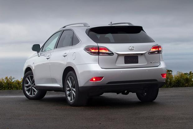 2015 Lexus RX vs. 2015 Lexus NX: What's the Difference? featured image large thumb10