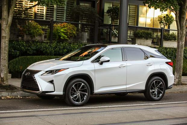 2016 Lexus NX vs. 2016 Lexus RX: What's the Difference?