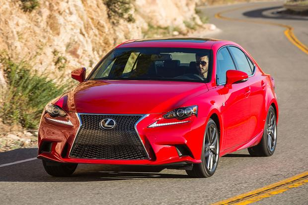 2016 Lexus RC vs. 2016 Lexus IS: What's the Difference?