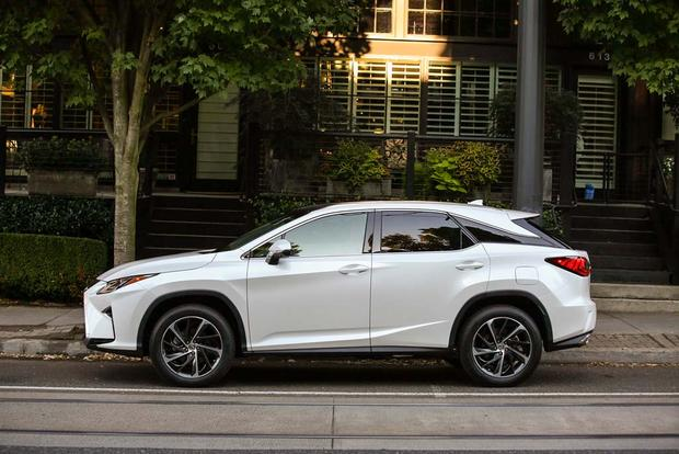 2016 Lexus RX: New Car Review featured image large thumb3
