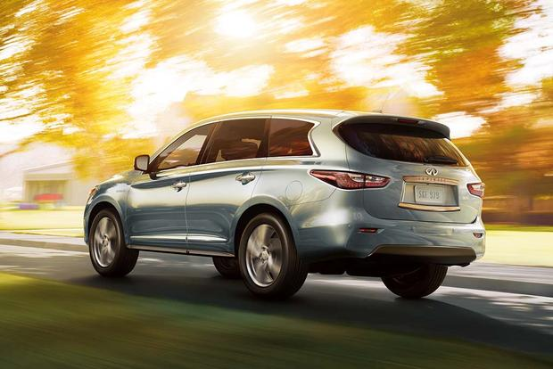 2016 Lexus RX vs. 2016 Infiniti QX60: Which Is Better? featured image large thumb10