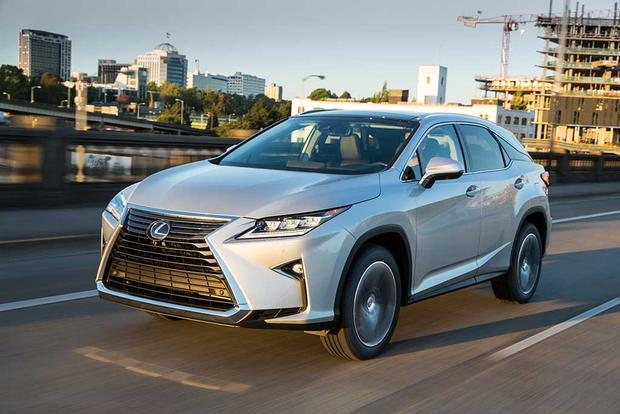 2016 Lexus RX vs. 2016 Infiniti QX60: Which Is Better? featured image large thumb11