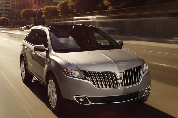 2013 Lincoln MKX: New Car Review featured image large thumb0