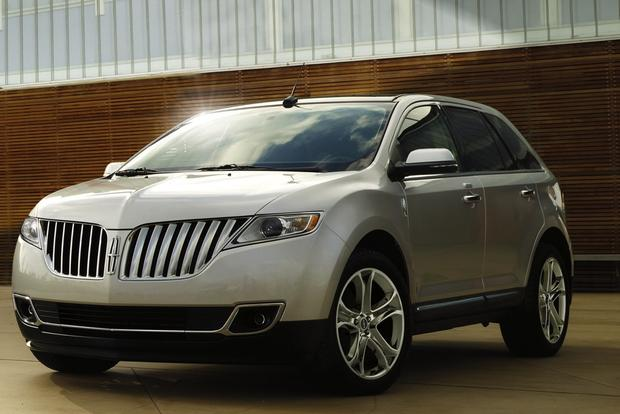 2013 Lincoln MKX: New Car Review featured image large thumb2