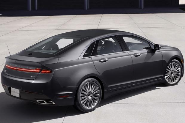 2013 Lincoln MKZ: New Car Review featured image large thumb0