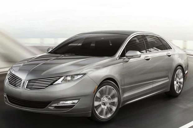 2013 Lincoln MKZ: New Car Review featured image large thumb3