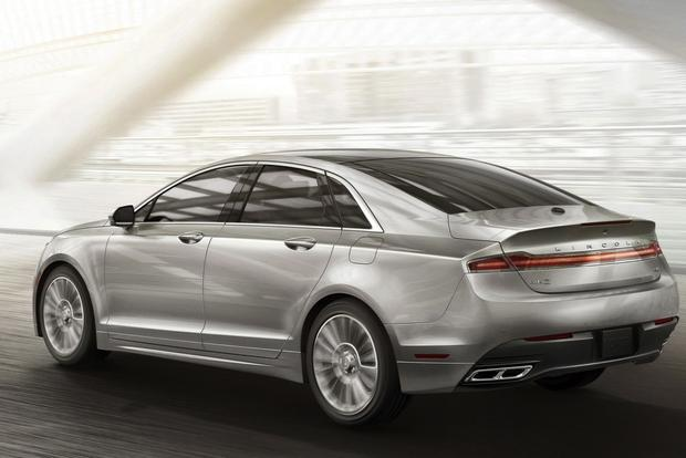 2013 Lincoln MKZ: New Car Review featured image large thumb4