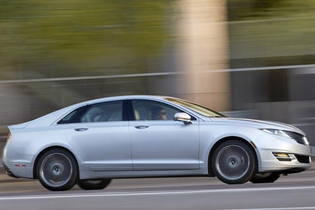 2014 Lincoln MKZ: New Car Review featured image large thumb2