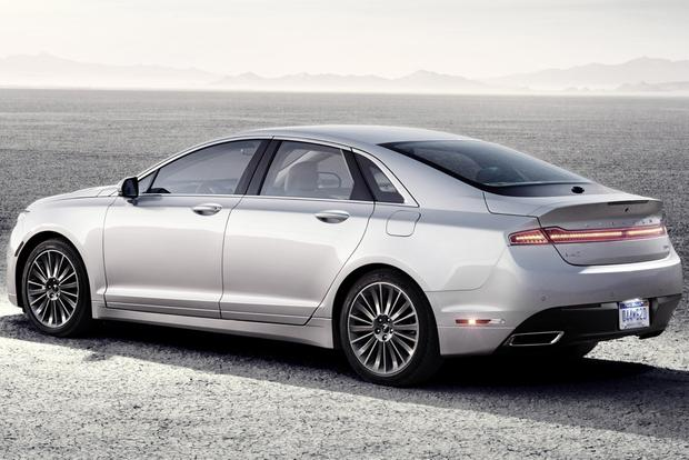 2014 Lincoln MKZ: New Car Review featured image large thumb3