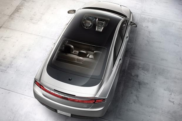 2014 Lincoln MKZ: New Car Review featured image large thumb5