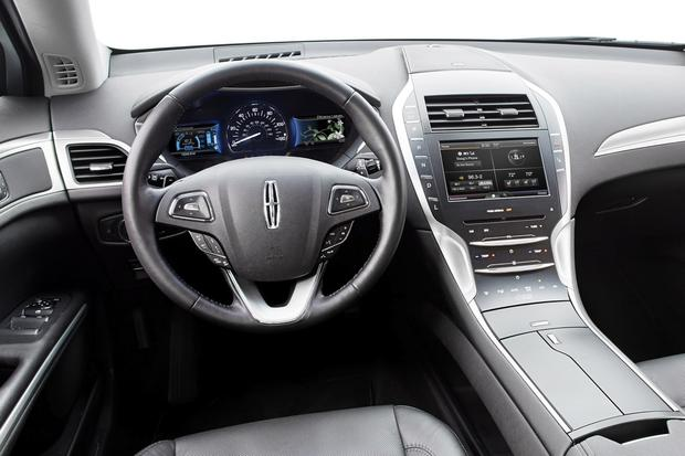 2014 Lincoln MKZ: New Car Review featured image large thumb6