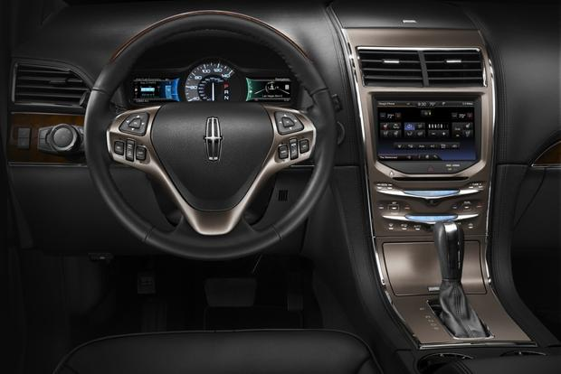 2014 Lincoln MKX: New Car Review featured image large thumb5