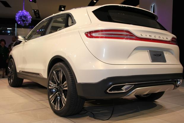 Lincoln MKC Concept: Detroit Auto Show featured image large thumb9