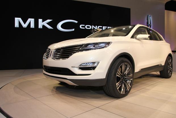 https://images.autotrader.com/scaler/620/420/cms/images/cars/lincoln/concept/lincoln-mkc-concept-detroit/200515.jpg