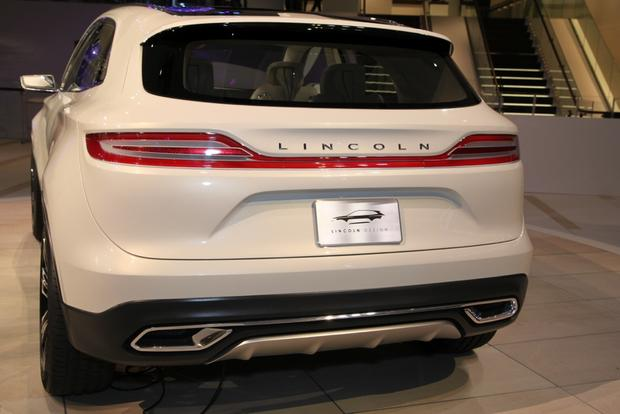 Lincoln MKC Concept: Detroit Auto Show featured image large thumb14