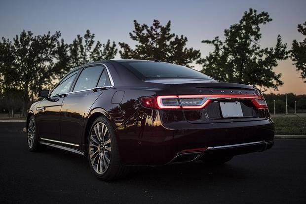 2017 Lincoln Continental: New Car Review featured image large thumb3