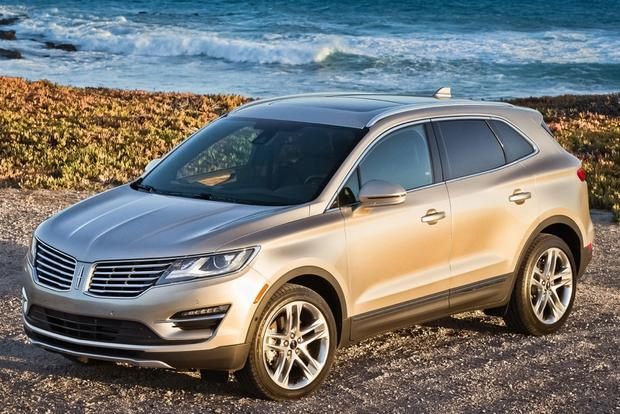 2015 Lincoln MKC: New Car Review featured image large thumb3