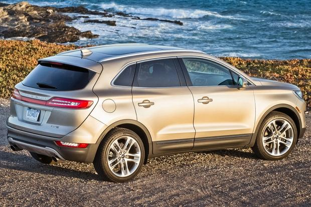 2015 Lincoln MKC: New Car Review featured image large thumb5