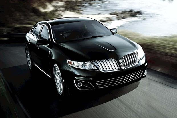 2011 Lincoln MKS: Used Car Review featured image large thumb1