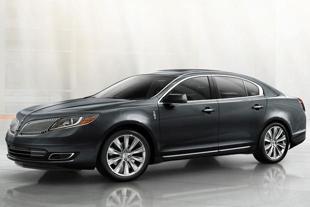 2015 Lincoln MKS: New Car Review featured image large thumb1