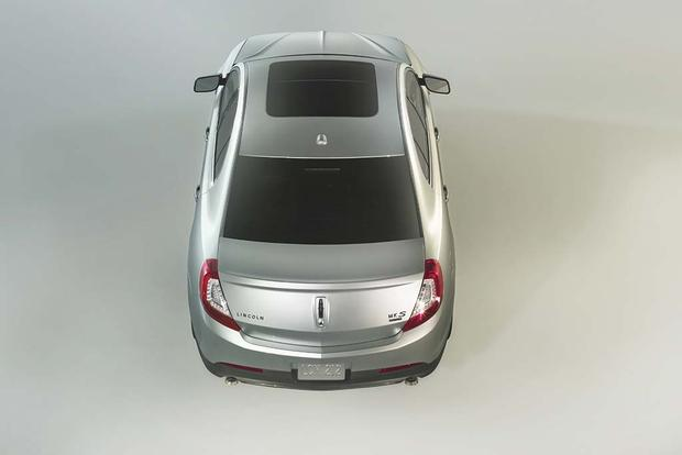 2014 Lincoln MKS: Used Car Review featured image large thumb7