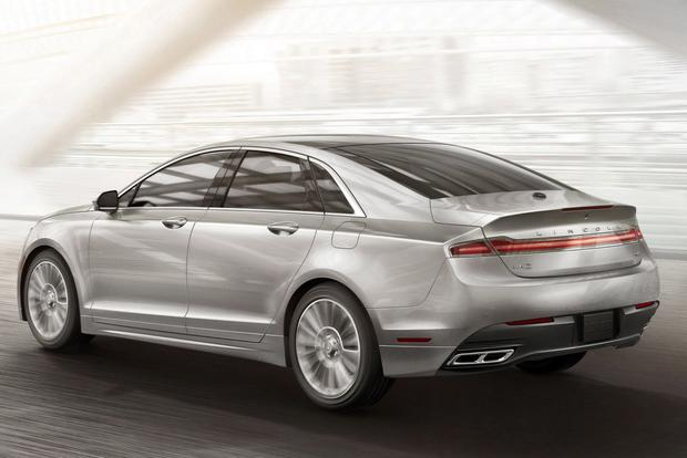 2015 Lincoln MKZ vs. 2015 Lincoln MKS: What's the Difference? featured image large thumb3