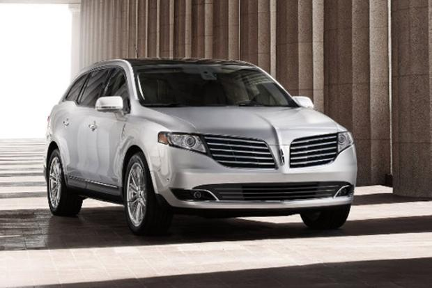 2018 Lincoln Mkt New Car Review Featured Image Large Thumb0