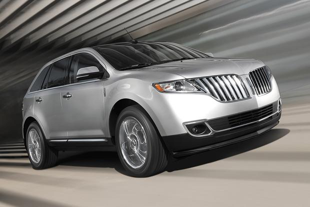 2015 Lincoln MKX: New Car Review featured image large thumb5