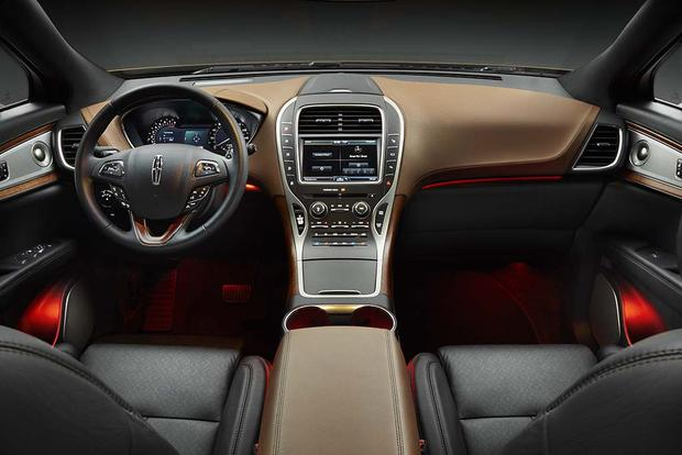 2016 Lincoln MKX: New Car Review featured image large thumb4
