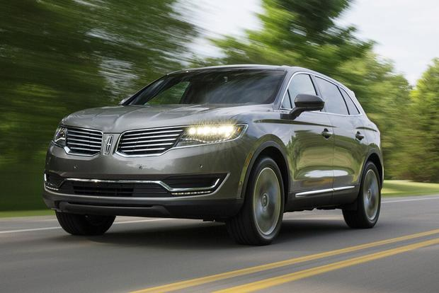 2018 Lincoln MKX: New Car Review featured image large thumb1